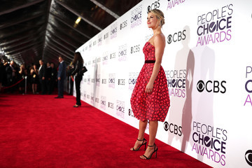 Kristen Bell People's Choice Awards 2017 - Red Carpet