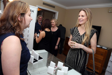 Kristin Bauer van Straten Stars at the HBO Luxury Lounge