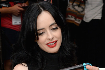 Krysten Ritter Nintendo At The TV Insider Lounge At Comic-Con International 2017
