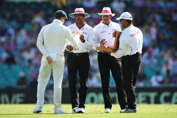 Kumar Dharmasena Australia v England - Fifth Test: Day 4