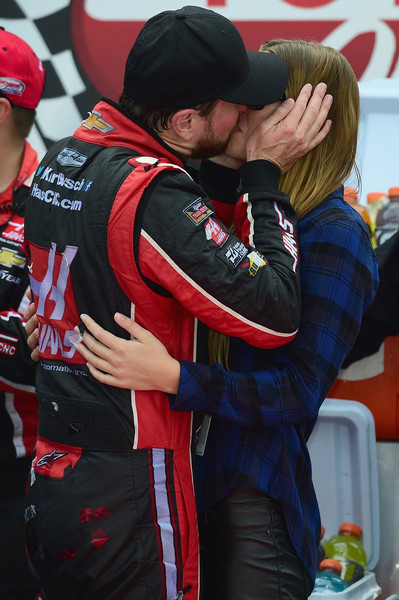 van meter dating Kurt busch getting married to girlfriend ashley van metre, whom he has been dating since 2014 read on for all the details on their upcoming wedding.
