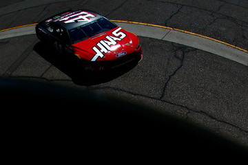 Kurt Busch Phoenix International Raceway - Day 2