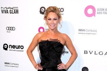 Kym Johnson Celebrities Attend an Oscar Viewing Party