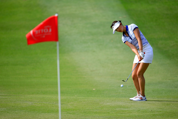 http://www1.pictures.zimbio.com/gi/LPGA+LOTTE+Championship+Presented+J+Golf+Round+IyIFw1BXurcl.jpg