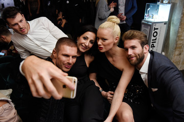 Laila Hamidi Andre Hamann E! Red Carpet Influencer Suite in Berlin