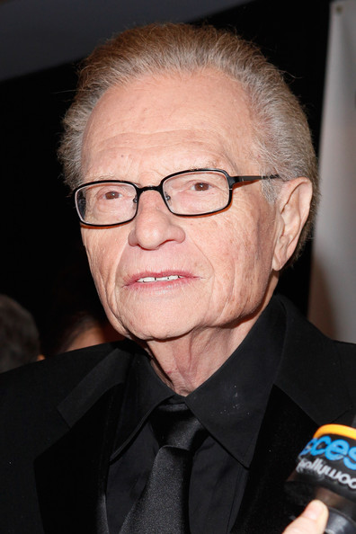 ... honors larry king in this photo larry king tv personality larry king - Larry%2BKing%2BFriars%2BClub%2BHonors%2BLarry%2BKing%2B2LWmuVsYYo2l