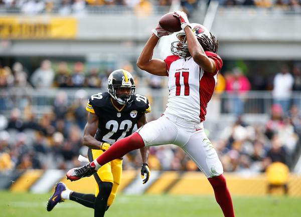 http://www1.pictures.zimbio.com/gi/Larry+Fitzgerald+William+Gay+Arizona+Cardinals+Ncv2bmOqYkAl.jpg