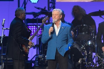 Larry Gatlin Ford Hosts Hurricane Harvey First Responders at One America Concert