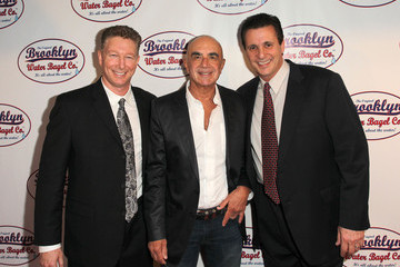 Robert Shapiro Larry King Hosts The Pre-Grand Opening Of The 1st West Coast Original Brooklyn Water Bagel Company