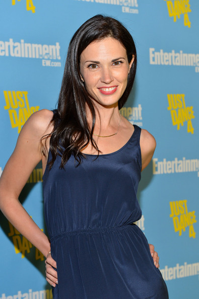 Laura Mennell actress