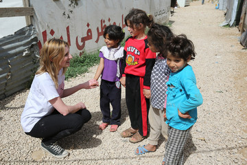 Laura Carmichael Downton Abbey Star Laura Carmichael Visits Syrian Refugee Children