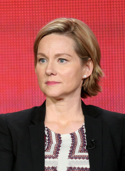Laura linney pictures 2013 winter tca tour day 9 zimbio - Laura nue ...