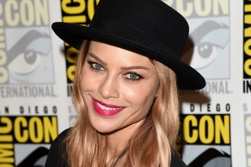 Lauren German Comic-Con International 2015 - 'Lucifer' Press Room