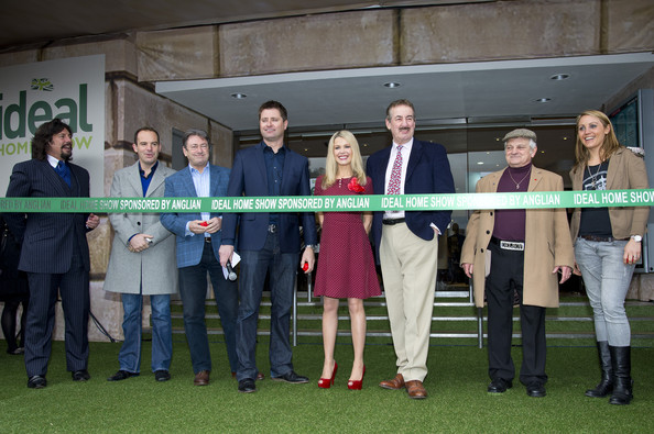 Ideal Home Show Launch [photocall,social group,event,team,fashion accessory,ribbon,tourism,melinda messenger,george clarke,laurence llewelyn-bowen,martin lewis,alan titchmarsh,john challis,photocall,left,ideal home show]