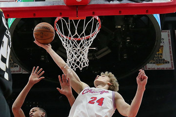 Lauri Markkanen Milwaukee Bucks v Chicago Bulls