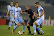 Lucas Leiva and Stefan De Vrij of SS Lazio compete for the ball with Wesley Sneijder of OGC Nice during the UEFA Europa League group K match between Lazio Roma and OGC Nice at Stadio Olimpico on November 2, 2017 in Rome, Italy.