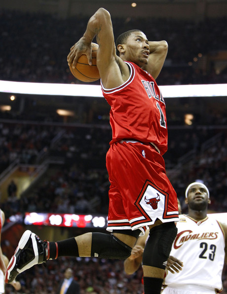 derrick rose chicago bulls dunk. Derrick Rose #1 Chicago Bulls