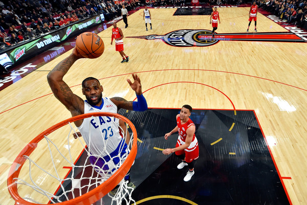NBA All-Star Game 2016 [photograph,basketball,basketball court,basketball moves,sport venue,basketball player,player,sports,ball game,team sport,dunk,lebron james,user,half,eastern conference,cleveland cavaliers,western conference,golden state warriors,nba all-star game]