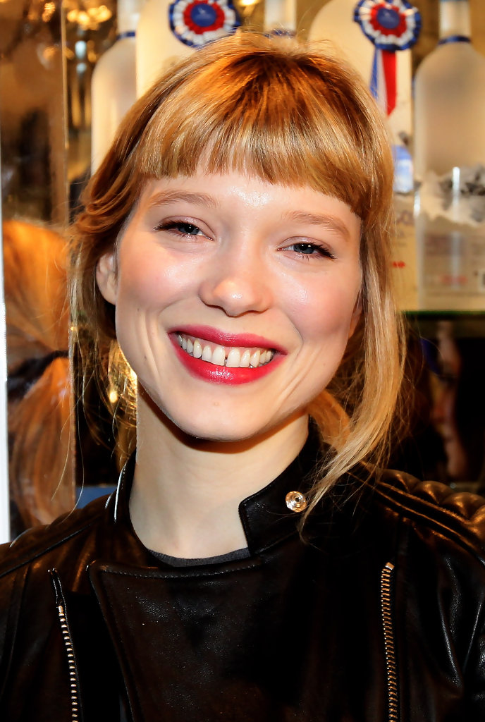 Lea seydoux in lea seydoux hosts grey goose christmas for Lea boutique