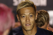 Keisuke Honda of the Victory prepares to walk out for the round one A-League match between Melbourne Victory and Melbourne City at Marvel Stadium on October 20, 2018 in Melbourne, Australia.