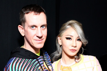 Lee Chae-rin Jeremy Scott - Backstage - Fall 2016 New York Fashion Week: The Shows