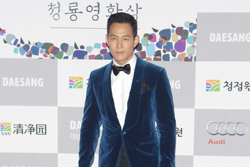Lee Jung-jae Arrivals at the Blue Dragon Film Awards