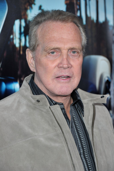 how tall is lee majors