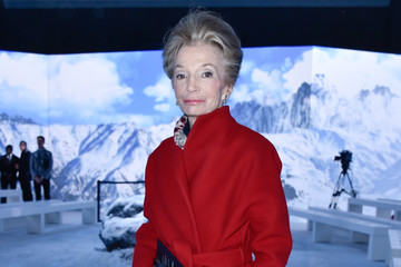 Lee Radziwill Moncler Gamme Rouge : Front Row - Paris Fashion Week Womenswear Spring/Summer 2016