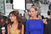"""Jury members Martina Gusman and Uma Thurman attend the """"Les Bien-Aimes"""" premiere at the Palais des Festivals during the 64th Cannes Film Festival on May 22, 2011 in Cannes, France."""