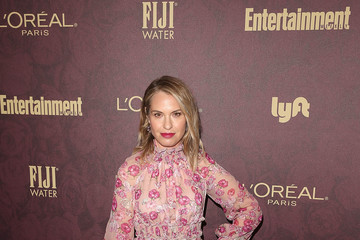 Leslie Grossman FIJI Water At Entertainment Weekly Pre-Emmy Party