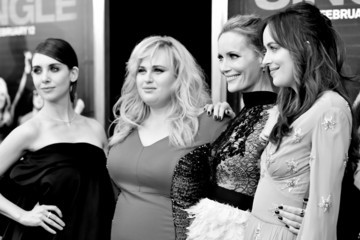 Leslie Mann Alison Brie An Alternative View of the 'How To Be Single' New York Premiere