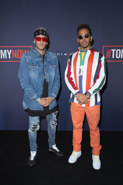 lewis hamilton photos photos tommy hilfiger tommynow. Black Bedroom Furniture Sets. Home Design Ideas