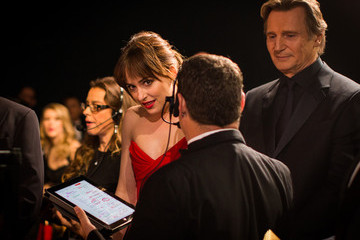 Liam Neeson Behind the Scenes at the Oscars
