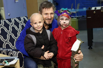 Liam Neeson Liam Neeson Visit to Ronald McDonald House to Present Gifts to the Sick Children