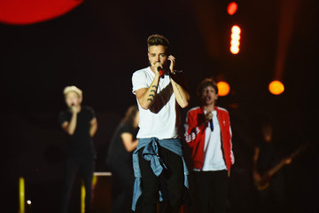Liam Payne One Direction Performs in Concert in East Rutherford, NJ
