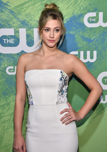 lili reinhart photos photos the cw network 39 s 2016 new york upfront presentation zimbio. Black Bedroom Furniture Sets. Home Design Ideas