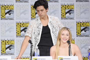 Lili Reinhart Comic-Con International 2017 - 'Riverdale' Special Video Presentation and Q&A