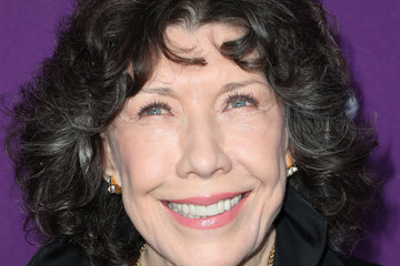 Lily Tomlin 19th CDGA (Costume Designers Guild Awards) - Arrivals and Red Carpet