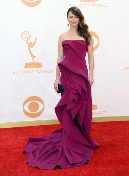 Arrivals at the 65th Annual Primetime Emmy Awards — Part 5 [gown,flooring,dress,carpet,fashion model,shoulder,joint,magenta,red carpet,leg,dress,evening gown,linda cardellini,red carpet,gown,carpet,dress,flooring,california,primetime emmy awards,linda cardellini,65th primetime emmy awards,dress,freaks and geeks,emmy award,gown,celebrity,fashion,evening gown,red carpet]