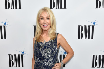 Linda Thompson Broadcast Music, Inc (BMI) Honors Barry Manilow at the 65th Annual BMI Pop Awards - Red Carpet