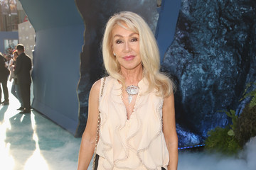Linda Thompson Premiere of Disney's andnd Jerry Bruckheimer Films' 'Pirates Of The Caribbean: Dead Men Tell No Tales'