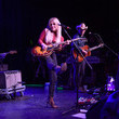 Lindsay Ell Cassadee Pope's Throwback Country Night