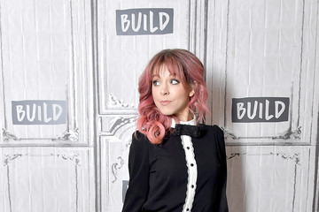 Lindsey Stirling Celebrities Visit Build - December 11, 2018