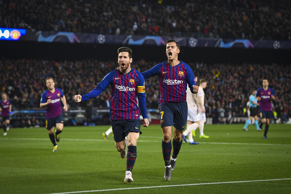 Lionel Messi and Philippe Coutinho Photos - 1 of 31