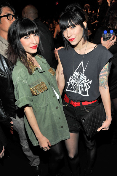 lisa origliasso dating 2013 Lisa marie origliasso however, warner music pushed the date back to early 2013 radiocarbon dating suggests human activity first started to occur in the.