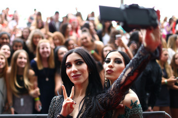 Lisa Origliasso Arrivals at the 28th Annual ARIA Awards