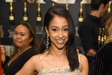 Liza Koshy ELLE's 25th Annual Women In Hollywood Celebration Presented By L'Oreal Paris, Hearts On Fire And CALVIN KLEIN - Moët & Chandon