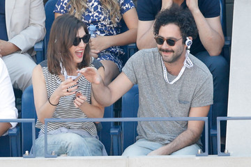 Lizzy Caplan The Moet & Chandon Suite At The 2014 US Open - Women's Final