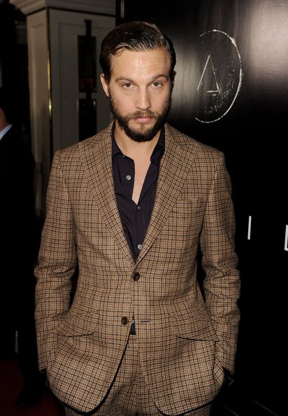 Logan Marshall-green - Images Gallery