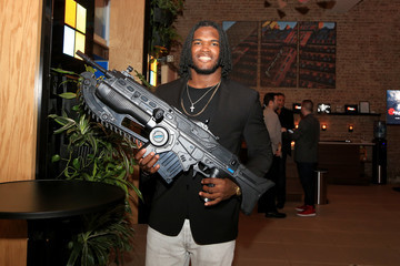 Lorenzo Mauldin Carmelo Anthony Hosts Xbox and 'Gears of War 4' New York Launch Event at The Microsoft Loft